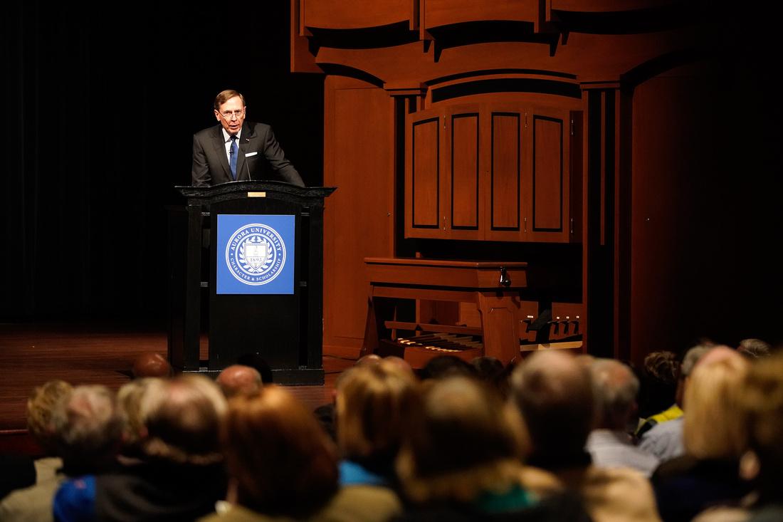 General David H Petraeus