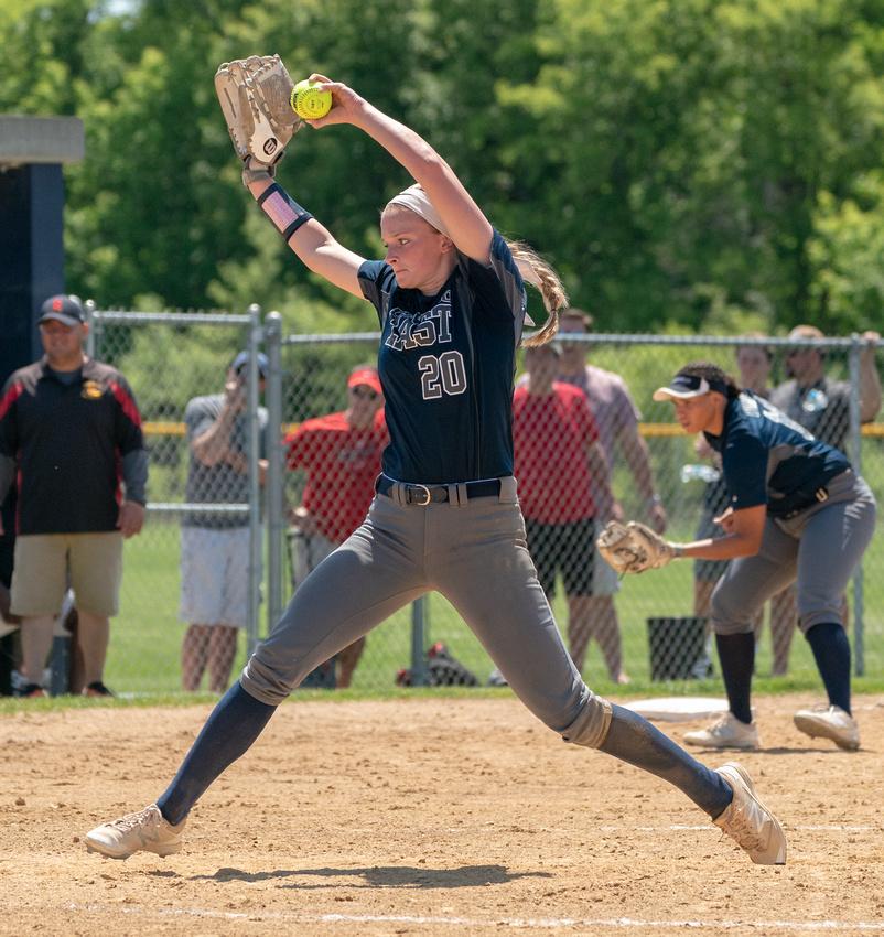 Oswego East class 4A softball regional final