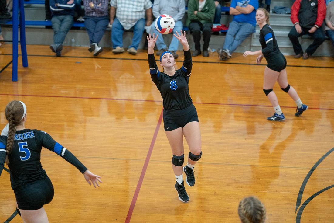 Newark Girls Volleyball
