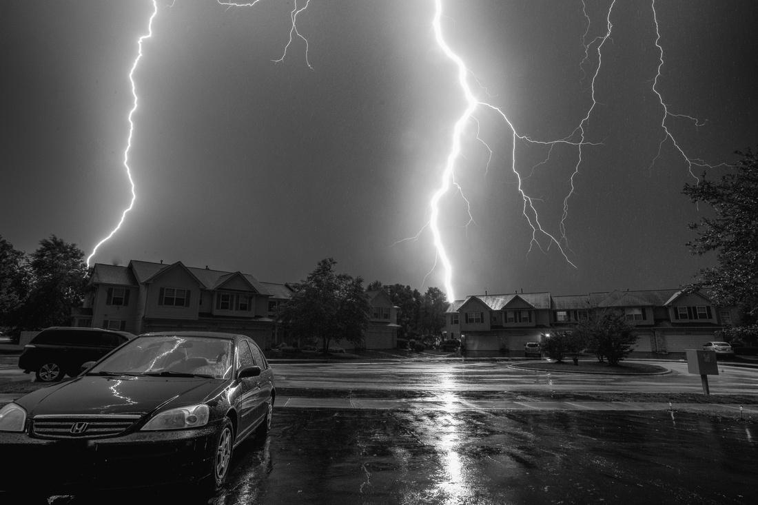 Lightning Strike in Aurora, IL on July 21, 2017