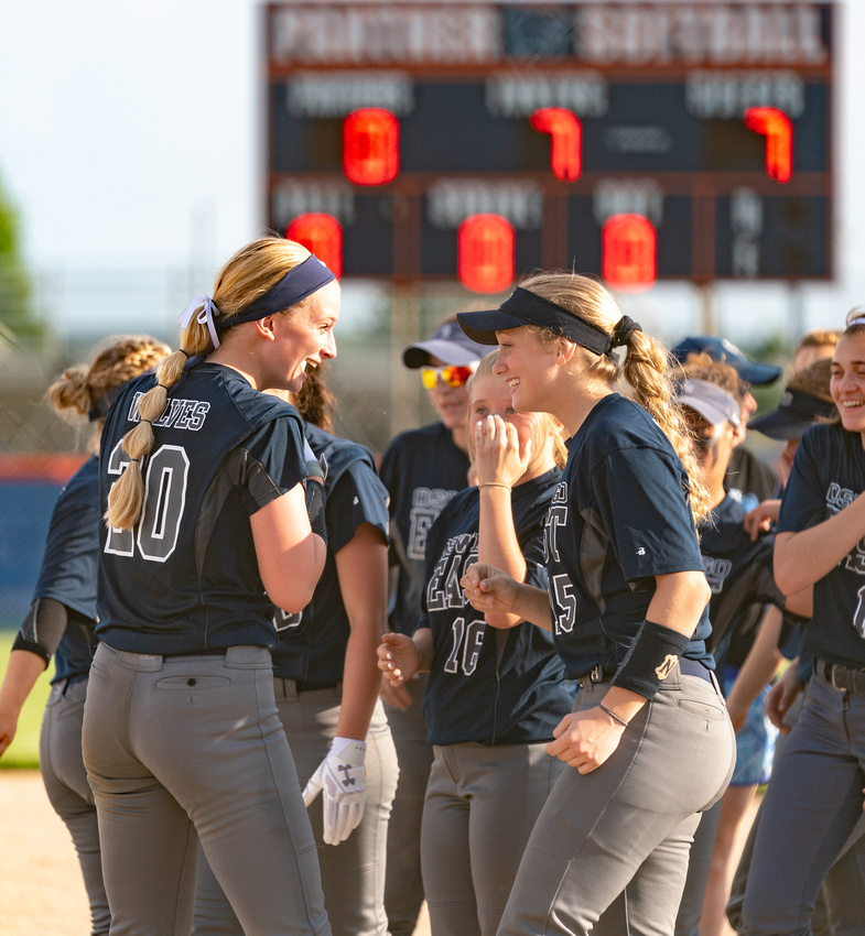 Oswego Class 4A Softball Sectional Semifinal