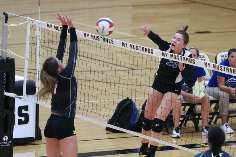 Geneva vs Metea Valley Girls Volleyball