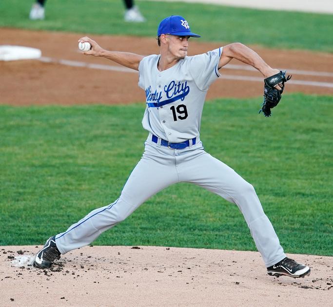 Thinderbolts Vs Slammers Baseball
