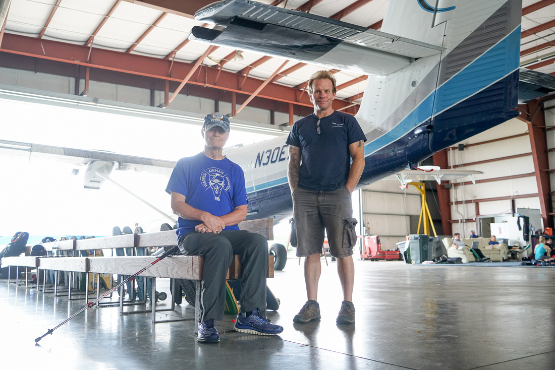 Once-paralyzed-vet-skydives-again