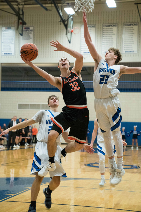 Geneva Vs St. Charles East Boys Basketball